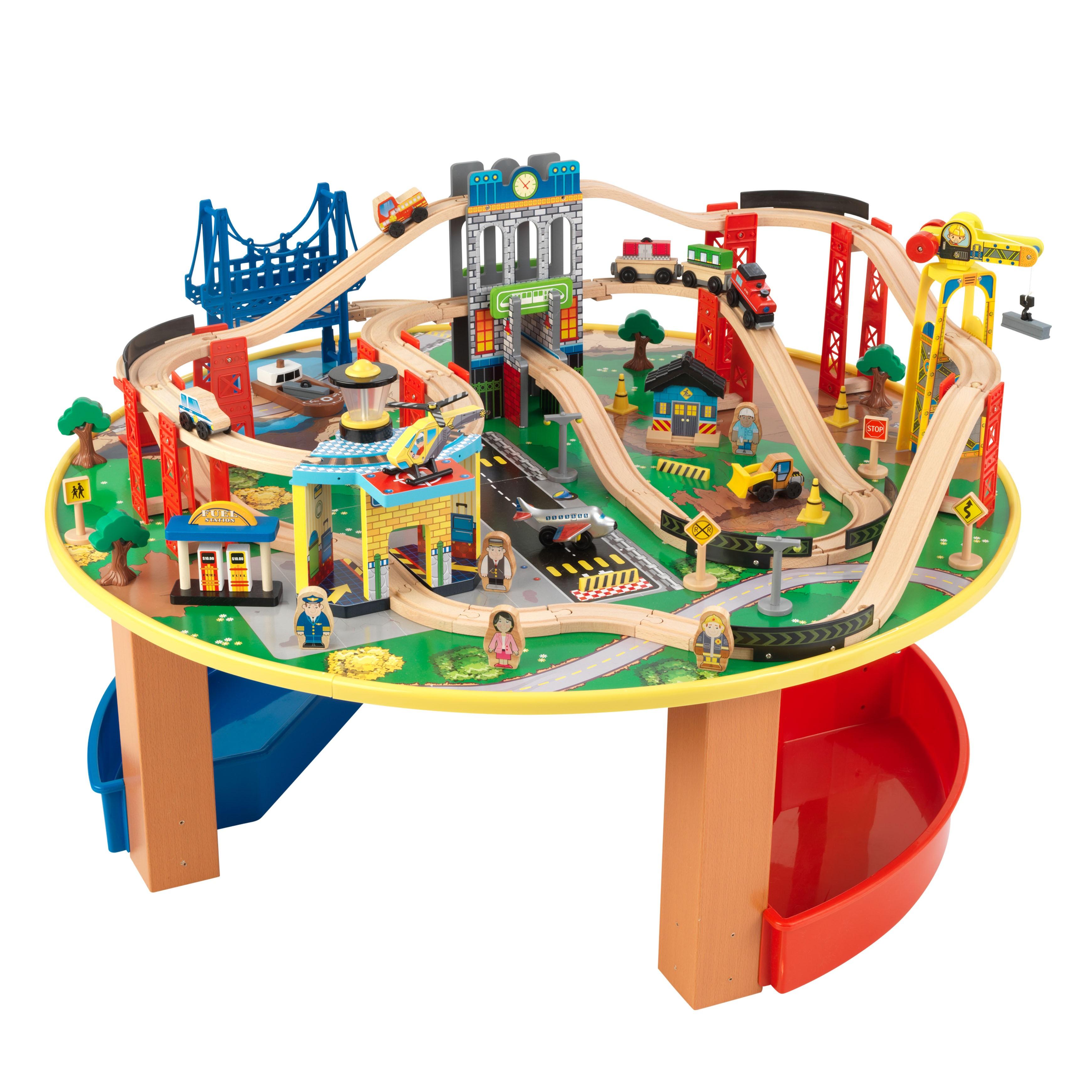 Trenulet din lemn City Explorer si masa de joaca