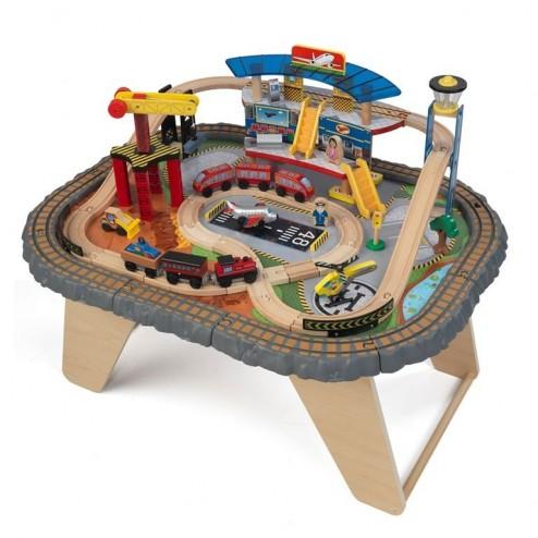 Trenulet din lemn Transportation Station si masa de joaca