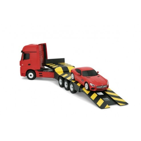 Camion Mercedes Actros 1:26 si Mercedes AMG GT 1:24
